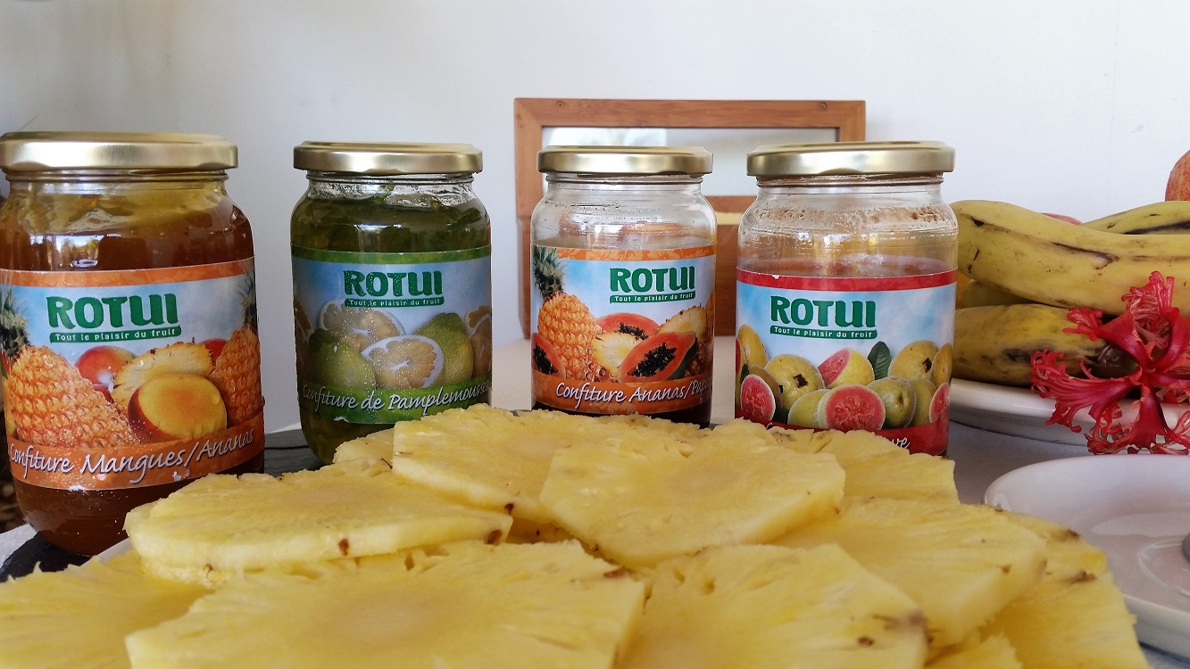 https://tahititourisme.cl/wp-content/uploads/2017/07/buffet-petit-déjeuner-bis.jpg