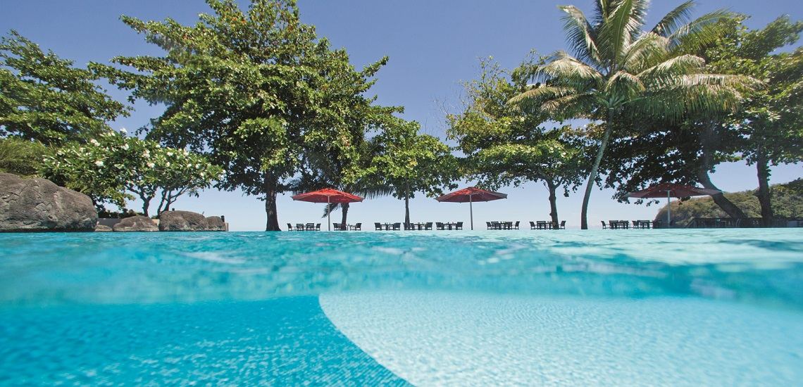 https://tahititourisme.cl/wp-content/uploads/2017/08/HEBERGEMENT-Tahiti-Pearl-Beach-Resort-3.jpg