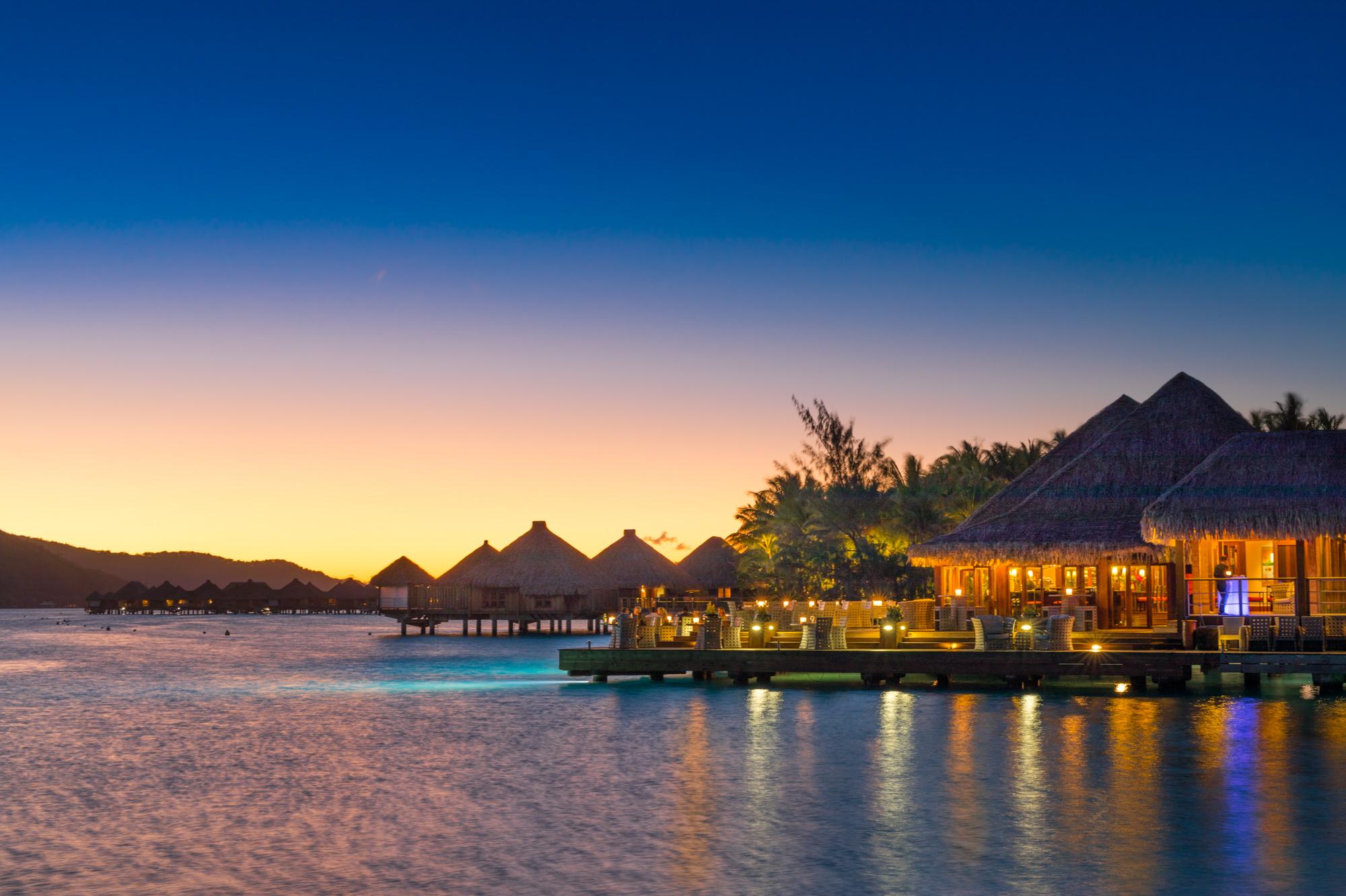 https://tahititourisme.cl/wp-content/uploads/2017/08/Lagoon-Restaurant.jpg