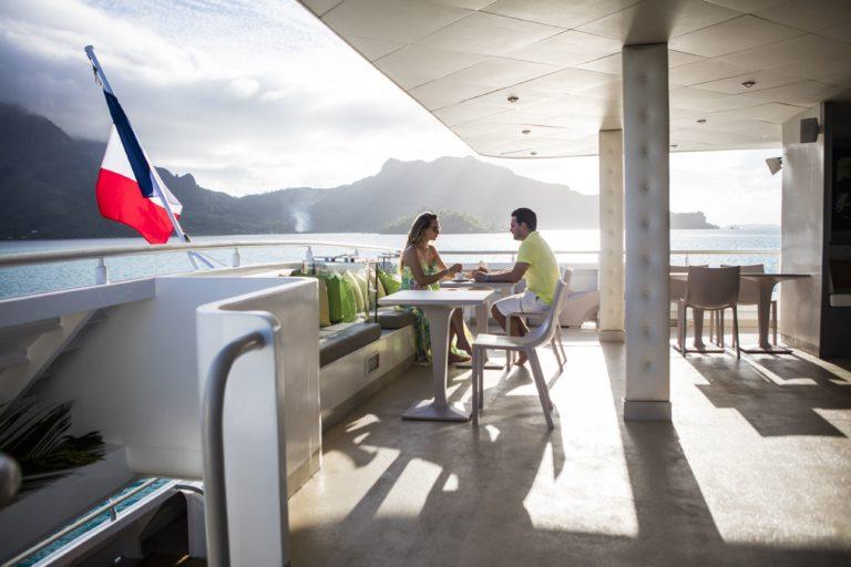 Tahiti, Romance en Mar y Tierra, con Crucero Haumana.