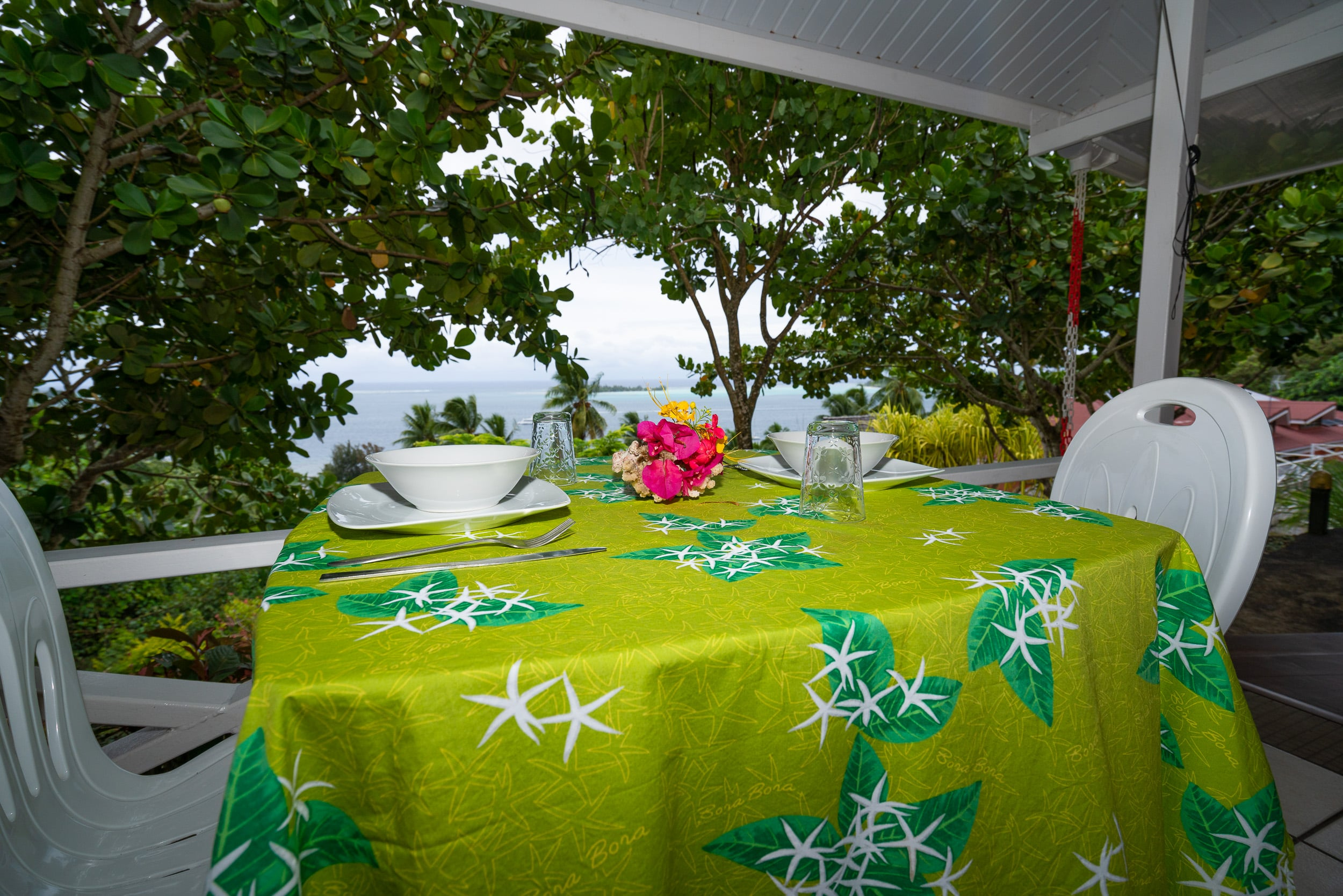 https://tahititourisme.cl/wp-content/uploads/2019/03/Bora-Holidays-lodge-bungalow-14-min.jpg