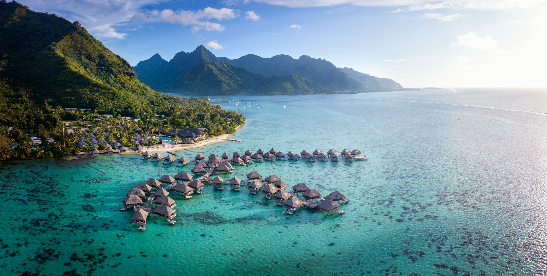 https://tahititourisme.cl/wp-content/uploads/2019/06/Resort-Exterior.jpg