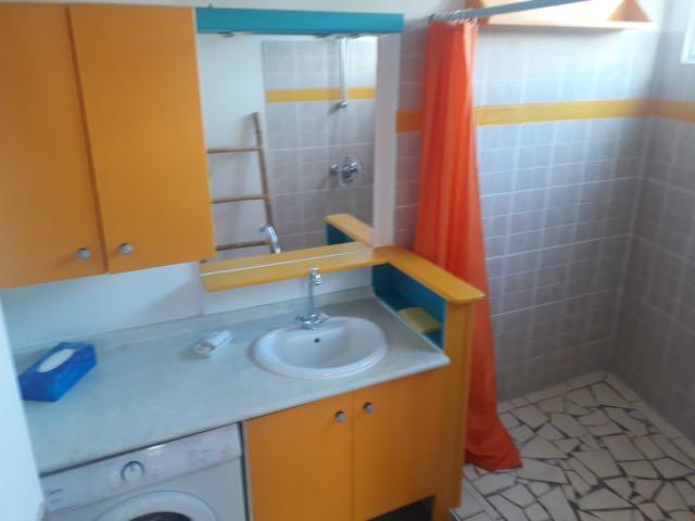 https://tahititourisme.cl/wp-content/uploads/2021/09/bathroom.jpg